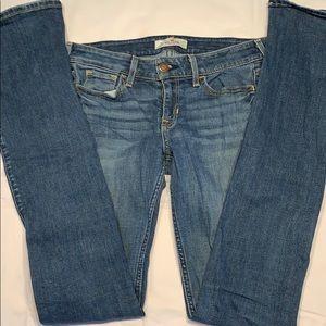 Hollister Blue Jeans (Slight Bootcut)-(1R, w25,L33